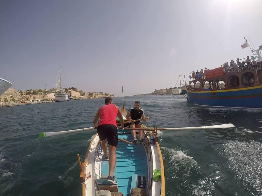 pic-regatta-closemiss